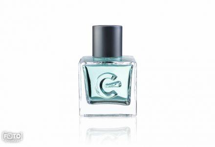 Zdjęcia perfum po retuszu